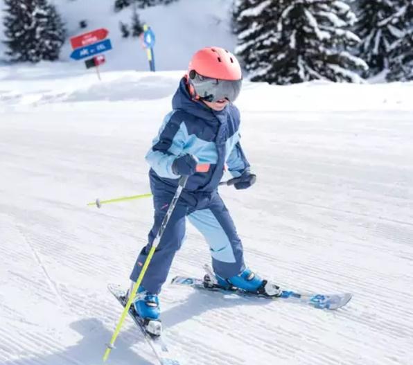 imbracaminte de schi